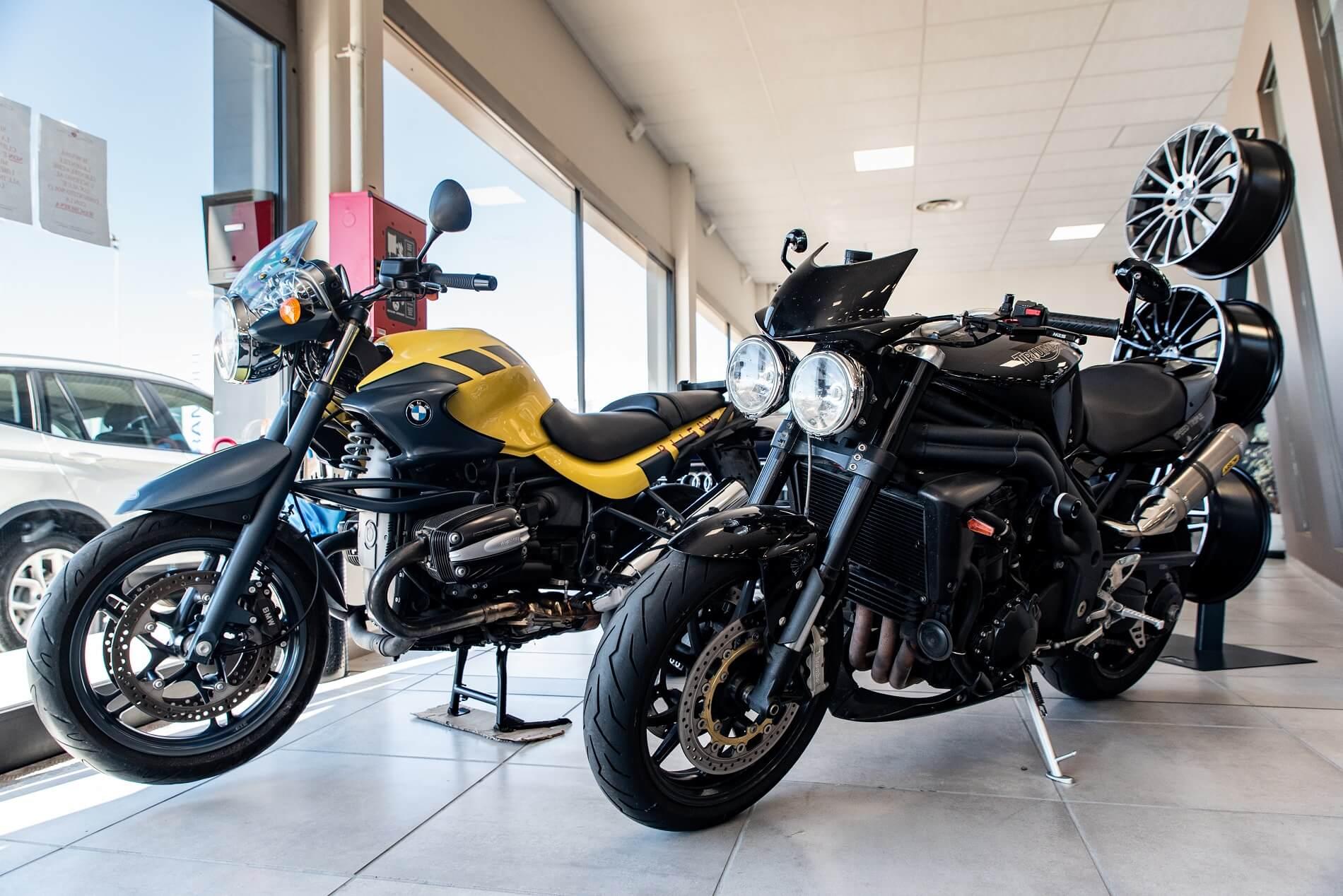 Moto BMW e Triumph
