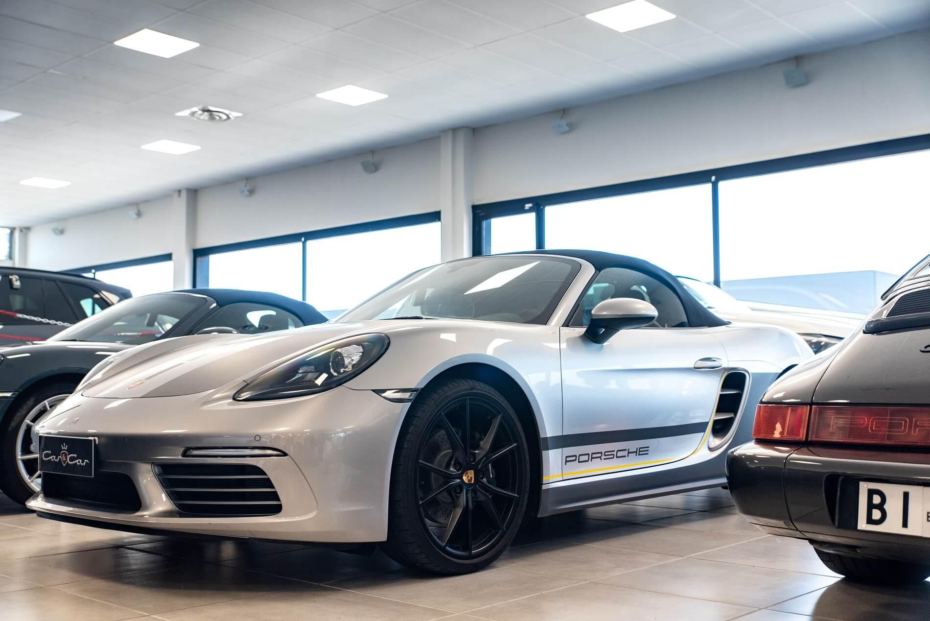 Porsche Boxster in salone