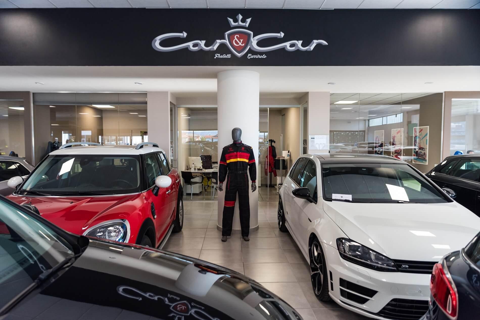 Foto del logo e del salone Car e Car
